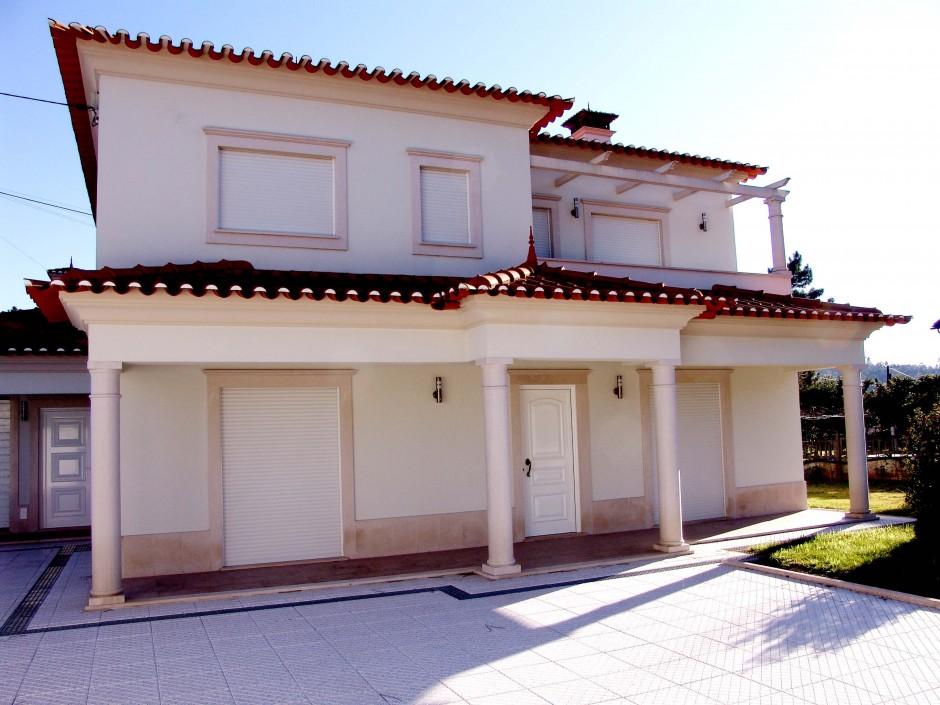 http://www.escalavirtual.pt/moradia-unifamiliar-rio-de-couros-3/